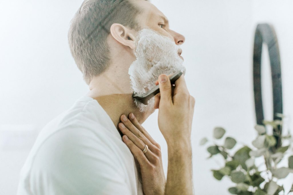 mens shaving mistakes